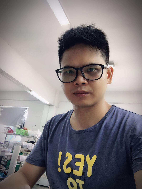 邱明-温州市语岚鞋业公司调版师