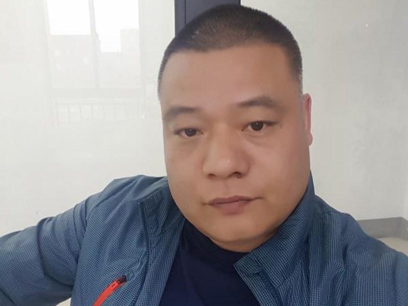 张小波-杭州永恒鞋业公司开发部经理
