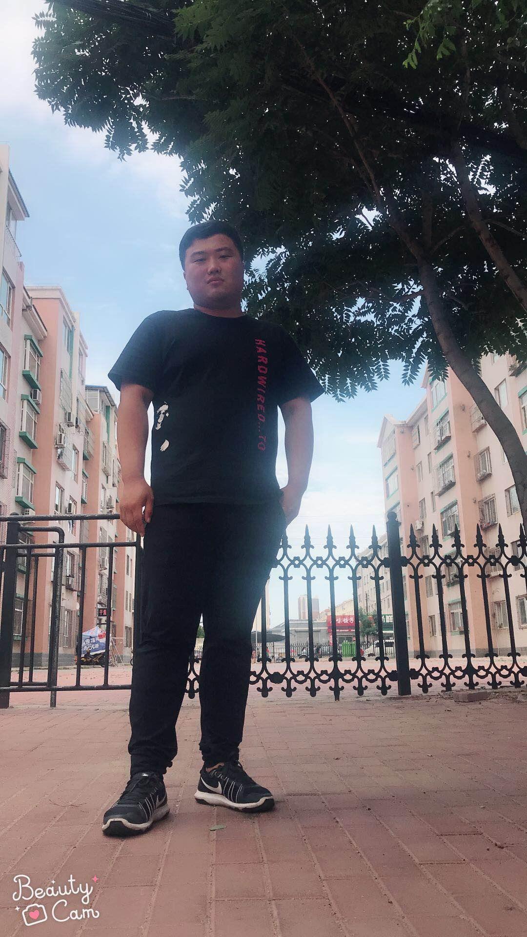 刘松-沈阳新路发鞋业公司设计师