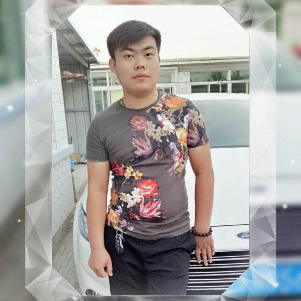 王贺-沈阳新路发鞋业公司开发部经理