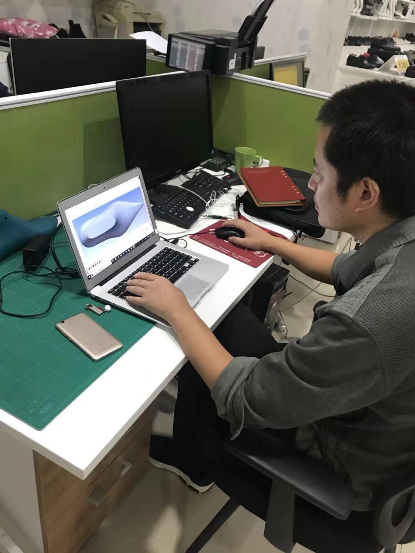 刘世阳-香港大鞋代温州分公司设计师